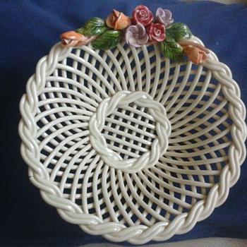 pottery basket - Pottery