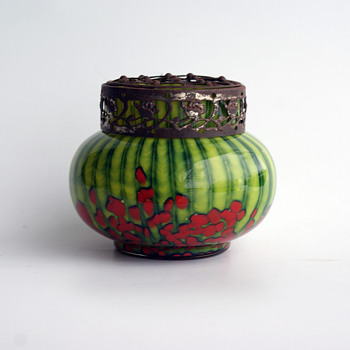 WELZ Strpies and Spots green/red small bulb vase  - Art Glass