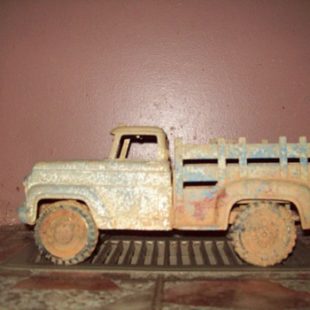 old toy metal truck - Model Cars