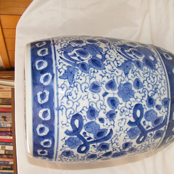 Blue & white jars? - Pottery