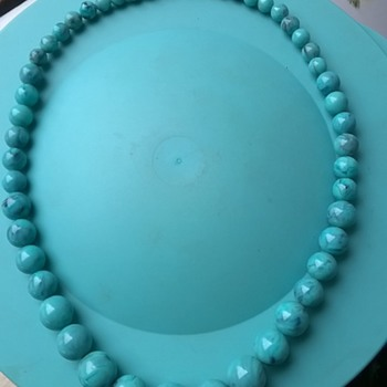 Beautiful Blue Marbled Graduated Acrylic Bead Necklace Thrift Shop Find 1 Euro ($1.07) - Costume Jewelry