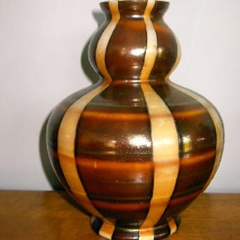 Kralik - Shape #3 - double gourd - Art Glass
