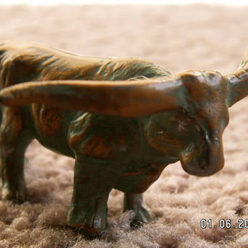 "Antique Metal Toy Steer ~ 2 3/4""  - Toys"