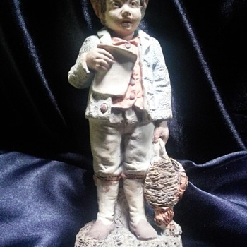 One of the first Royal Dux figurines 1860 signed by the man himself. - Figurines
