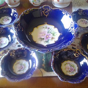 Iris 1922 Ramex Porcelain Bowl set - China and Dinnerware