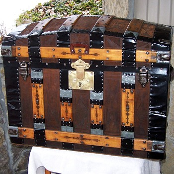 ANTIQUE LEATHER COVERED TRUNK - Furniture