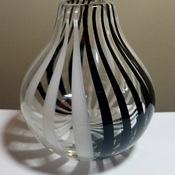 Murano Tessuto Vase By Venini. - Art Glass