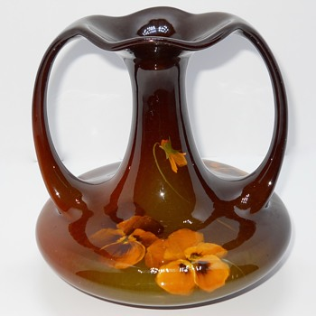 "Roseville Mirrored Brown Glaze, pensee ""Rozane"" Art Pottery, Circa 1900 - Pottery"