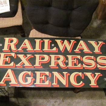 R.E.A. porcelain signs - Railroadiana