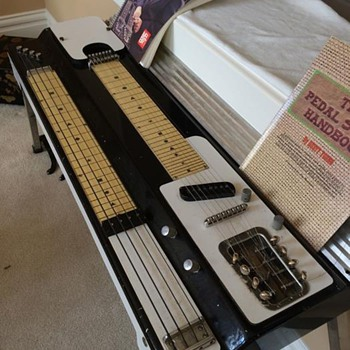 Unknown pedal steel