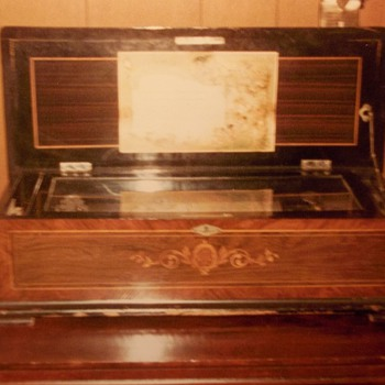 Stolen Antique Music Box - Music Memorabilia