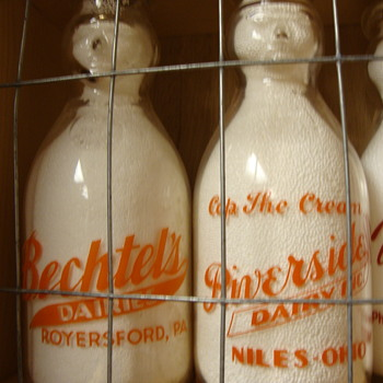 BECHTEL'S DAIRY & RIVERSIDE DAIRY COP THE CREAM MILK BOTTLES - Bottles
