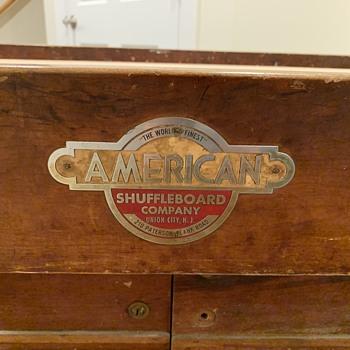 Shuffleboard table  - Games