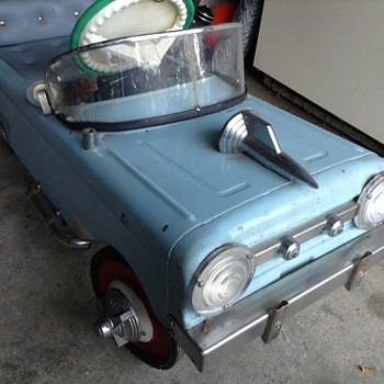 VINTAGE AMF CUSTOMIZED 51 FORD PEDAL CAR  - Toys