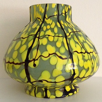 Trailed green and yellow spot vase Art Deco  - Art Glass