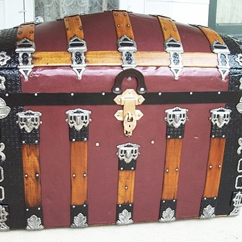 Romadka Brothers Trunk from Milwaukee - Furniture