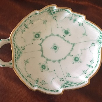 Royal Copenhagen Leaf dish, Green pattern - China and Dinnerware
