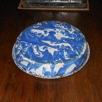 Graniteware Pie Plate #8 - Kitchen