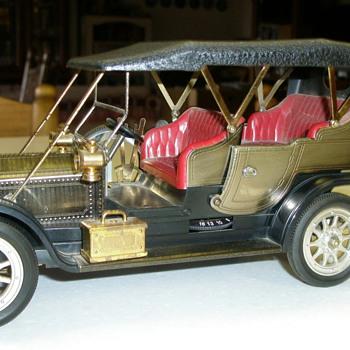 1910 Silver Ghost Rolls Royce Transistor Radio - Radios