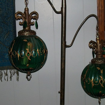 Brass Post with Emerald Glass Ball Lamps