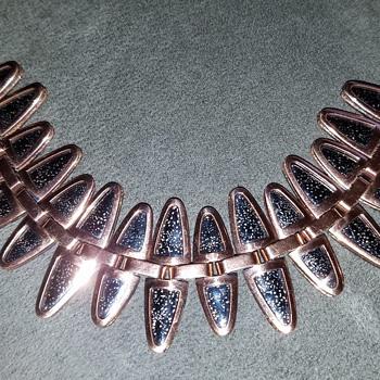Matisse  bracelet - Costume Jewelry