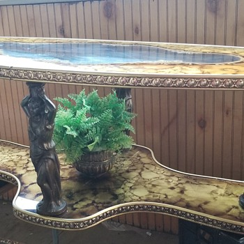 Antique cocktail/coffee table - Furniture