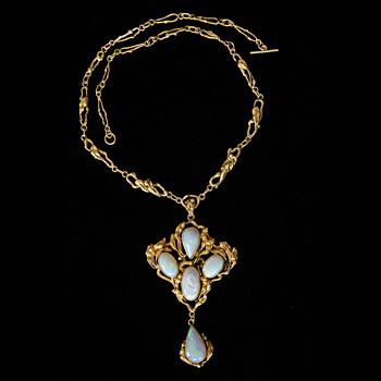 Mysterious Art Nouveau-ish Pendant Necklace - Fine Jewelry