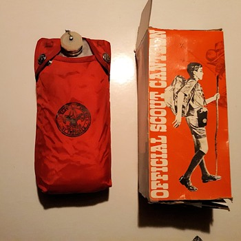 Saturday Evening Scout Post Official Scout Canteen Clips On Belt 1970s - Sporting Goods