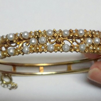 FLORENZA Gold Tone Faux Pearl Bangle - Costume Jewelry