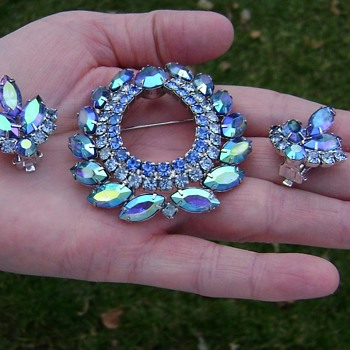 Sarah Coventry Earrings - Blue Lagoon - Costume Jewelry