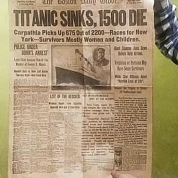 titanik  1912 newspaper... total 8 pages  - Paper