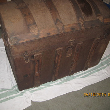 Looking for information on this old trunk I found.  And would like to know how to restore and preserve.