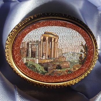 18K Micro Mosaic Ruin Goldstone Brooch - Fine Jewelry