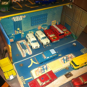 Matchbox Sears Service Station in viinyl - Model Cars