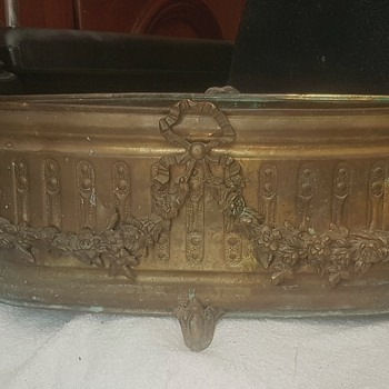 Brass wine cooler/jardiniere Bacchus - Pottery