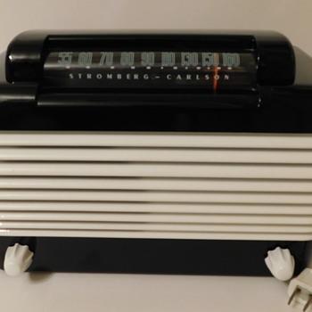 1946 Stromberg Carlson Dynatomic  1500-H Bakelite Tube Radio - Radios