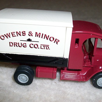 Owens Diecast Truck - Model Cars