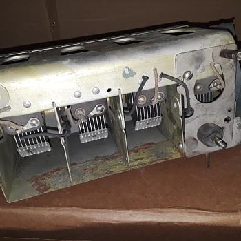 antique radio 'tuning capacitor' - Radios