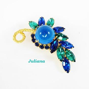 RARE juliana brooch - Costume Jewelry