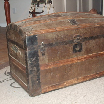 Old Chest?  - Furniture