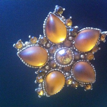Amber brooch - Costume Jewelry
