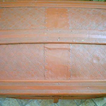My barrel stave trunk - Furniture