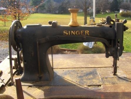Singer 40 W 40 Industrial Compound Needle Feed Sewing Machine Gorgeous Antique Singer Upholstery Sewing Machine
