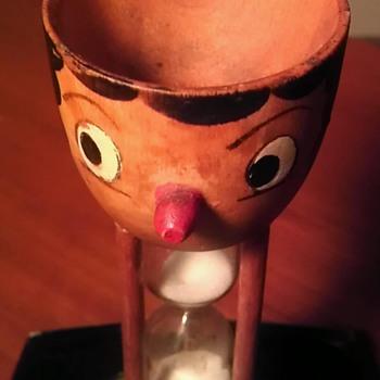 Vintage wooden egg timer - Kitchen