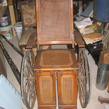 WW I wheelchair  - Furniture