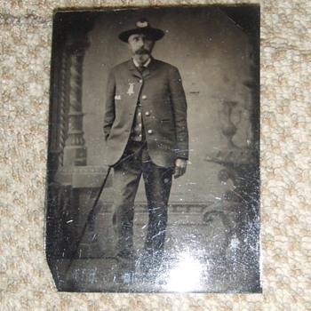 Civil War veteran in GAR uniform