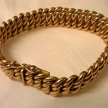 Vintage French 'Murat Paris' Heavy Rose Gold Plated Patterned Curb Link Bracelet Thrift Shop Find $3.00 - Fine Jewelry