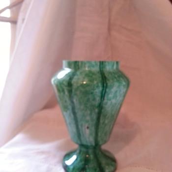Frank Welz Green Vertical Stripe to befriend my Pink - Art Glass