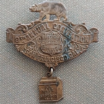 1915 Postoffice Clerks Convention pin - Medals Pins and Badges