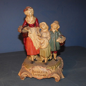 Mystery Yardley's Lavender figurine  - Advertising